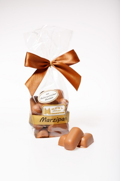 Marzipan-Happen in Vollmilchschokolade aus mallorquinischen Mandelm