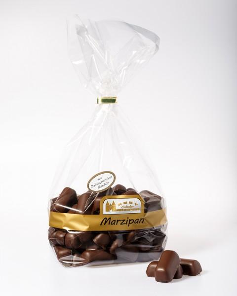 Marzipan-Bruch aus mallorquinischen Mandeln in Zartbitterschokolade