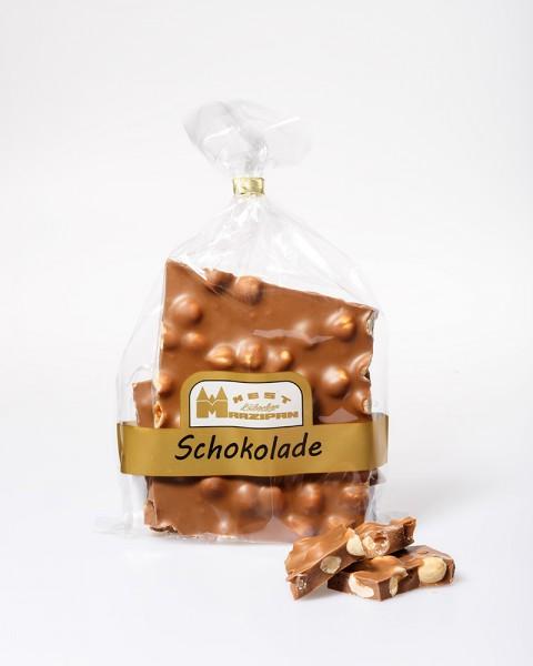 Bruchschokolade Vollmilch mit ganzen Haselnüssen