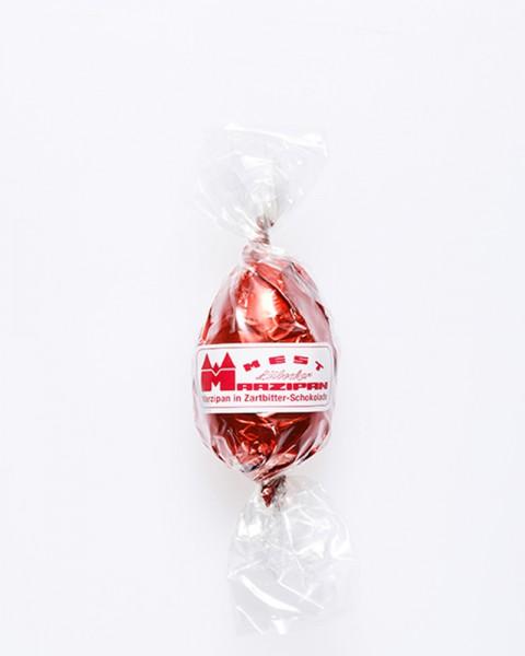 Marzipan-Ei in Zartbitterschokolade