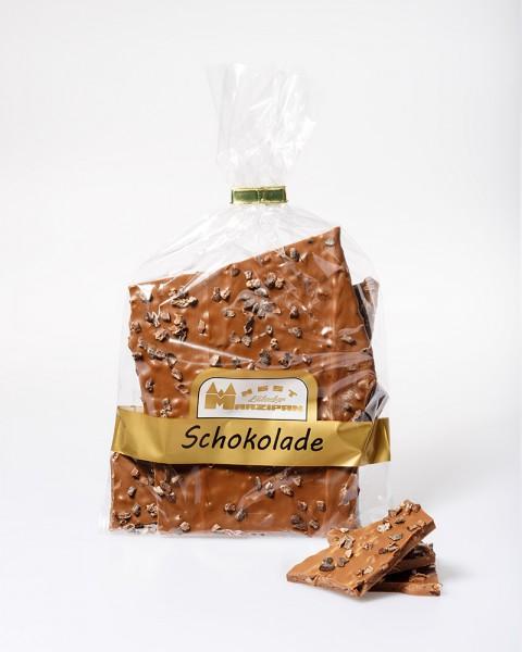 Bruchschokolade Karamell mit gerösteten Kakaobohnen
