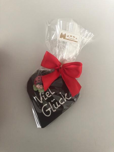 "85g Marzipan-Herz ""Viel Glück"" in Zartbitterschokolade"